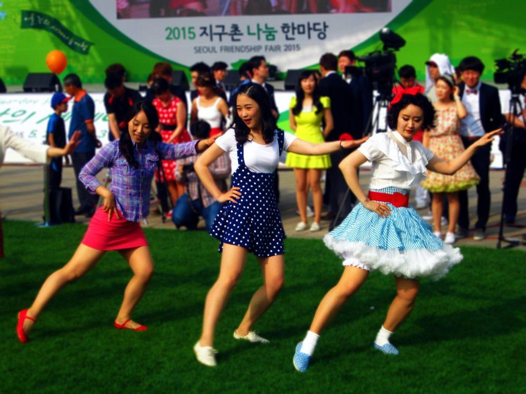 танци (2)